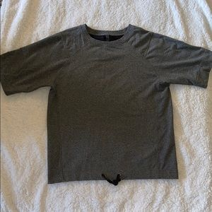Lululemon Short Sleeve Sweatshirt